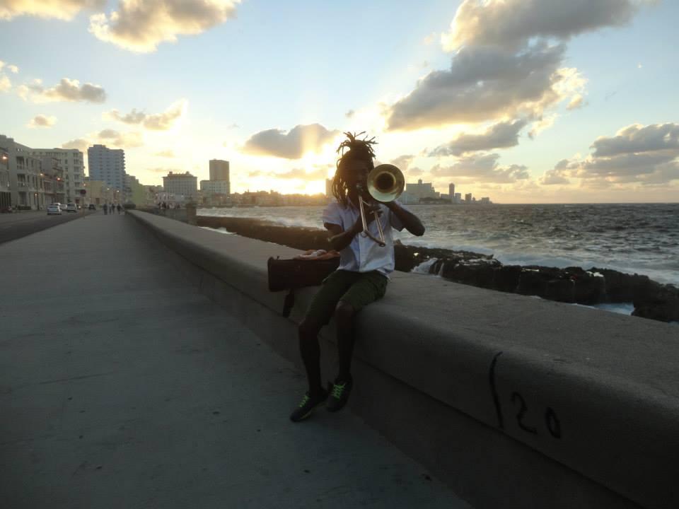 Malecón musician fot. Tanja More